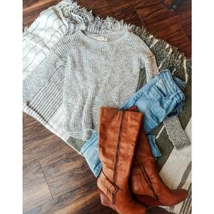 2/25!! Hollister Grey Knit Sweater
